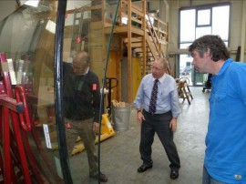 National Chairman inspects Glass Panels